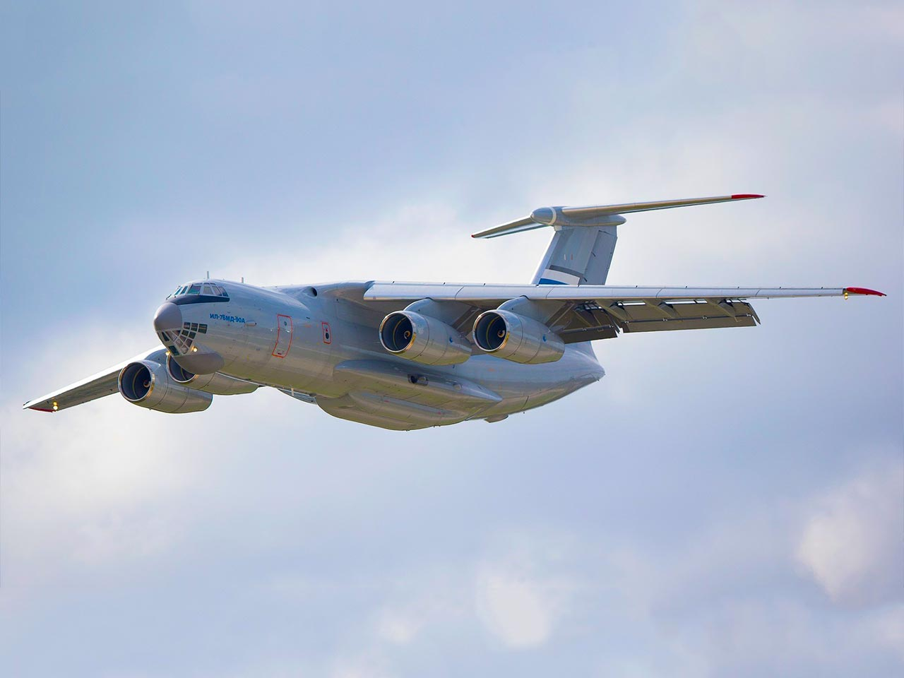 Ilyushin IL-76 (Exterior) - Available for Private Charter from Execflyer