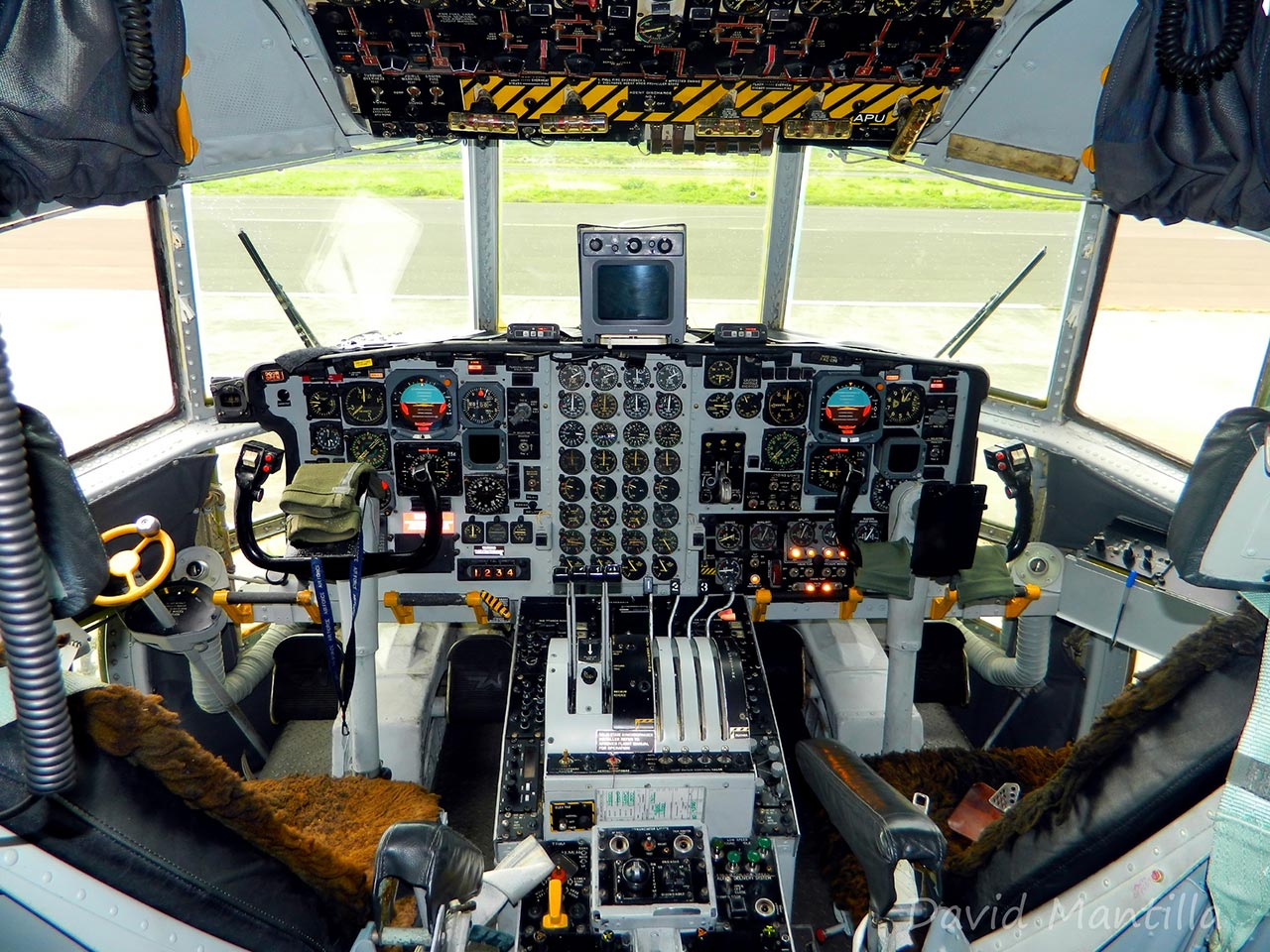 Lockheed L100/C130 Hercules (Cockpit) - Available for Private Charter from Execflyer